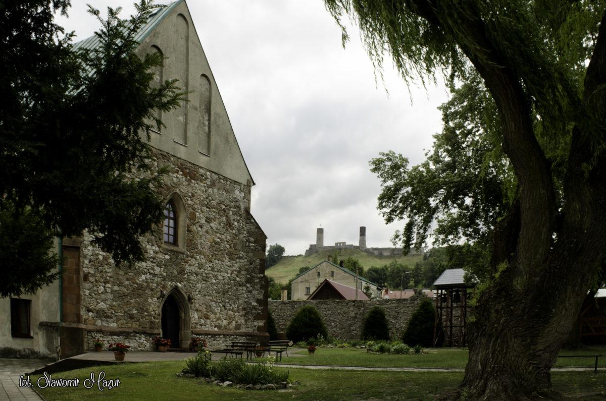 Chęciny – klasztor