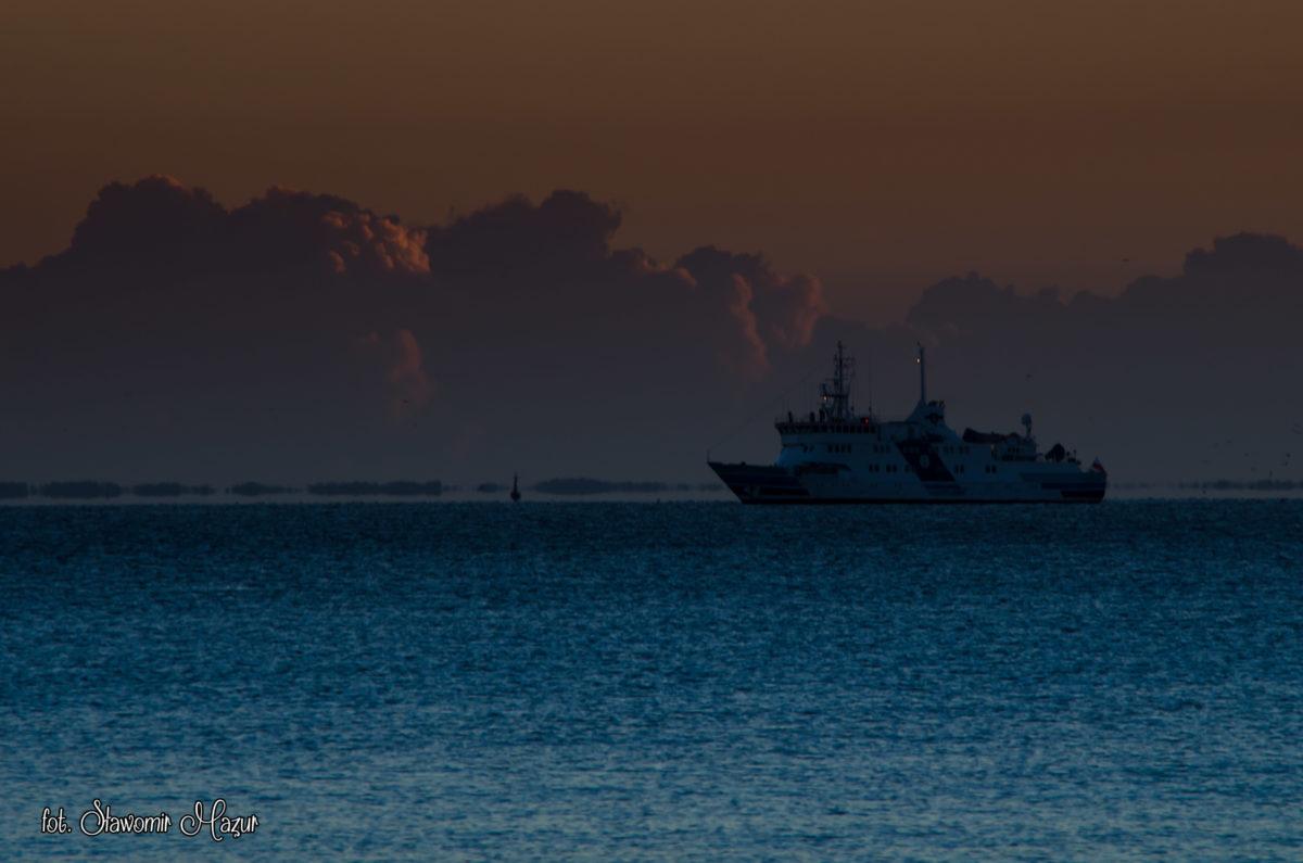 Gdynia, wejście do portu