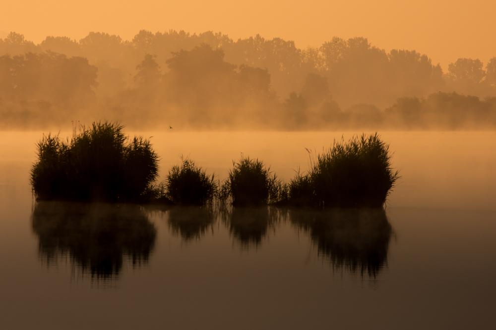 Nad ranem nad wodą